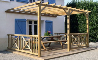 les styles de pergola le guide de construction des pergolas et tonnelles. Black Bedroom Furniture Sets. Home Design Ideas