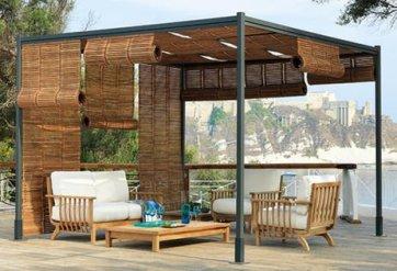 de simples canisses pour se prot ger de la vue. Black Bedroom Furniture Sets. Home Design Ideas